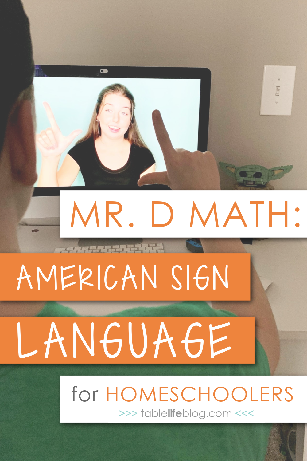 Do you have a teen who wants to learn American Sign Language, but need some help making it happen from home? Good news: today I'm sharing our review of an online ASL course that's perfect for homeschoolers!
